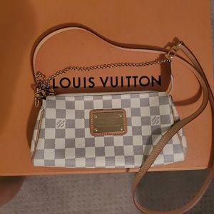 🌟Authentic Louis Vuitton Eva Crossbody Handbag🌟